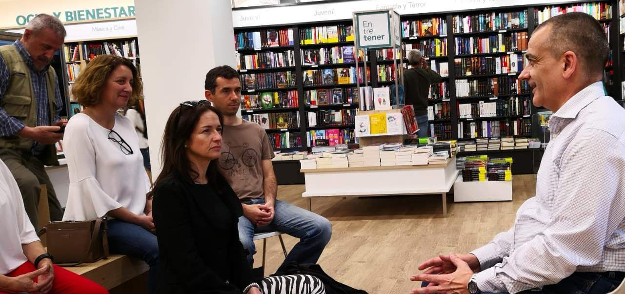 Dojo Zen | Budismo Zen en Barcelona | 2018/05/18 Presentació del llibre Mindfulness Zen a Múrcia