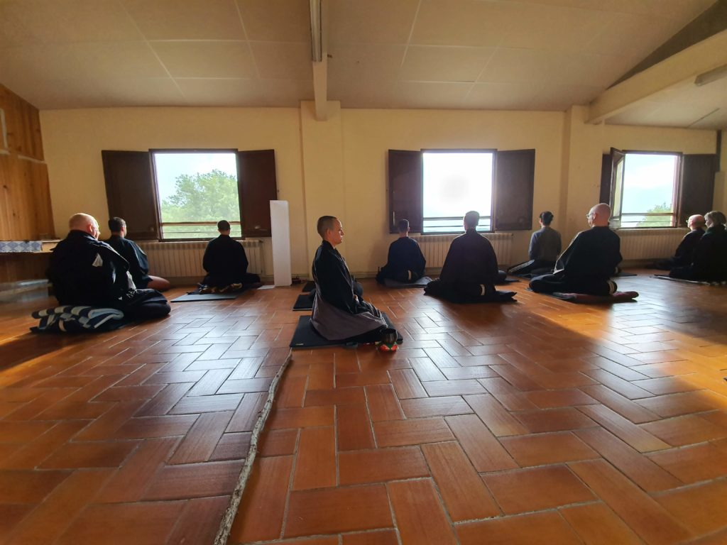 Dojo Zen   Budismo Zen en Barcelona   Retirs al camp i Retirs urbans
